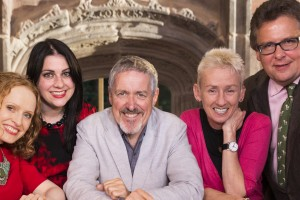"GLASGOW, UK. 12/10/2015 Publicity shot for series 2 of ""Quizeum"" - on set at The Burrell Collection, Glasgow. COPYRIGHT © STUART WALLACE 2015"